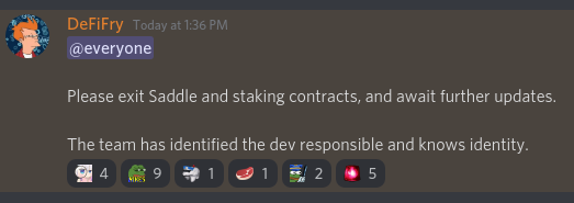 Community Manager DeFiFry advises users to withdraw funds on SharedStake's Discord. Source: Twitter..